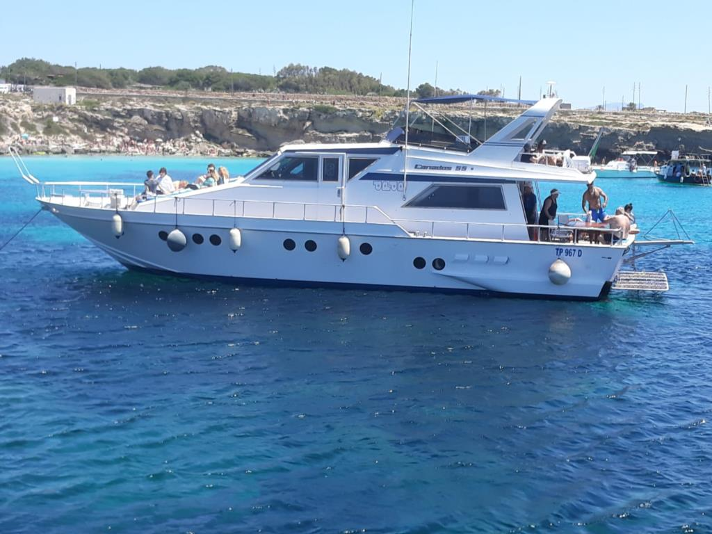 Favignana e Levanzo in Yacht